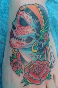 Tatuaje de catrina en pie