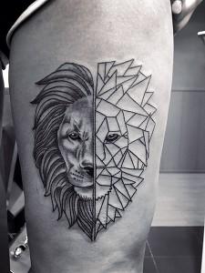 Tatuaje geométrico de cabeza de león