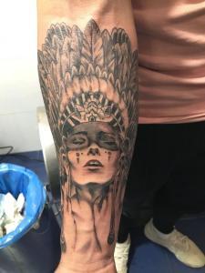 Tattoo de mujer realizado en nuestro centro de Montera de Madrid