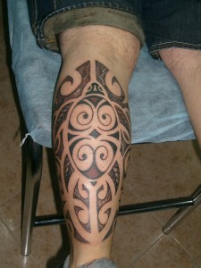 Tatuaje tribal en piercna