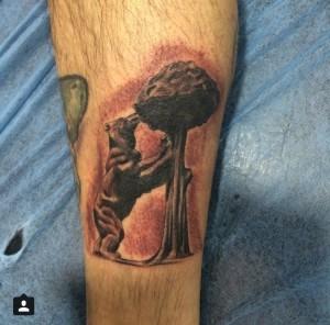 Tatuaje de el oso y el madroño