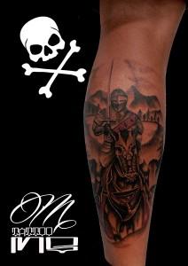 Tatuaje de guerrero sobre caballo