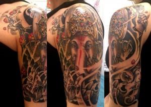 Tatuaje de ganhesa en brazo