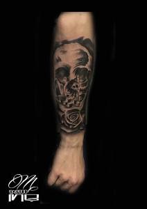 Tatuaje de calavera con niños