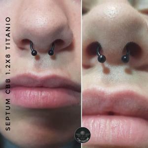 Piercing septum en titanio realizado en nuestro centro de Montera de Madrid