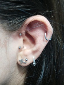 Piercing forward helix