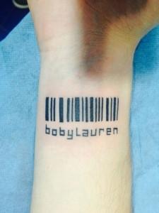Tatuaje de código de barras