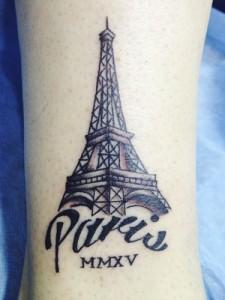 Tatuaje de Torre Eiffel de París