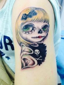 Tatuaje de catrina pequeña