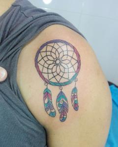 Tatuaje de atrapasueños realizado en nuestro centro de Montera de Madrid