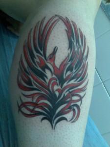 Tatuaje de ave feniz