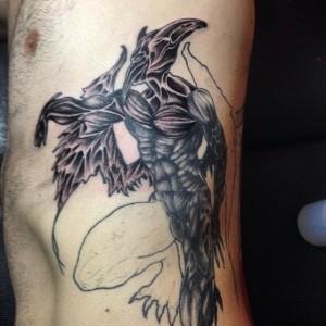 Tatuaje de hombre pájaro