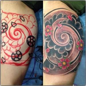 Tatuaje de rosas en laberinto