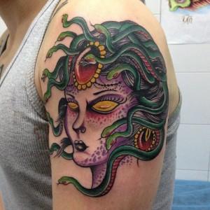 Tatuaje de cabeza de Medusa