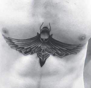 Tatuaje de mosca realizado en nuestro centro de Vaguada de Madrid