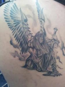 Tatuaje de guerrero alado